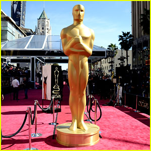 Watch oscars 2013 red carpet live stream video 2013 oscars just jared - Oscars red carpet coverage ...