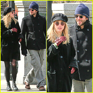 Bradley Cooper & Suki Waterhouse: Boston Common Park Stroll!