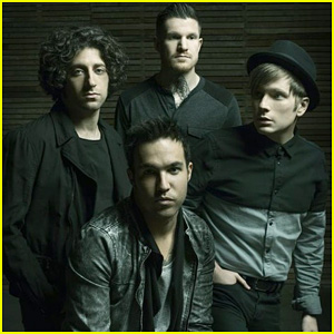 The phoenix   Fall Out Boy