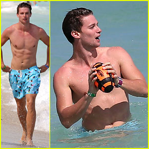 Patrick Schwarzenegger: Shirtless Beach Football!