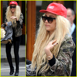 Amanda Bynes Sucks on Sour Patch Kid in New Video