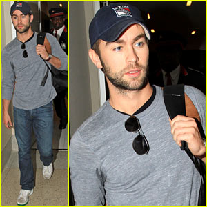 Chace Crawford: Los Angeles Arrival!
