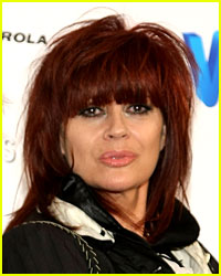 'I Touch Myself' Singer Chrissy Amphlett Dead at 53