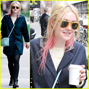 Dakota Fanning: Soho Coffee Stop!