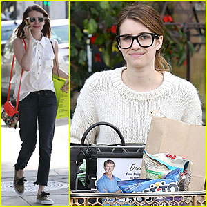 Emma Roberts: I Love Gwyneth Paltrow's New Book!