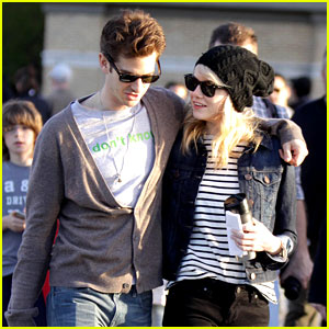 Emma Stone & Andrew Garfield: High Line Lovers!