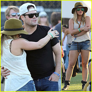 Hilary Duff & Mike Comrie: Coachella with Sister Haylie!