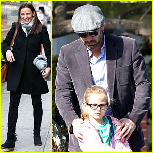 Jennifer Garner Visits New York, Ben Affleck's on Daddy Duty!