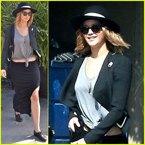 Jennifer Lawrence: Wedding Dress Shopping with Gal Pal!