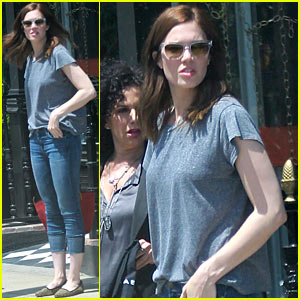 Mandy Moore: Sunny Shopping Day in Hollywood!