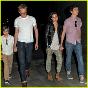 Jennifer Connelly & Paul Bettany: Rolling Stones Concert with the Kids