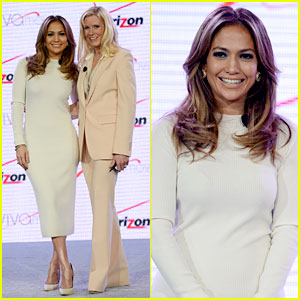 Jennifer Lopez: Verizon's Viva Movil Press Conference!