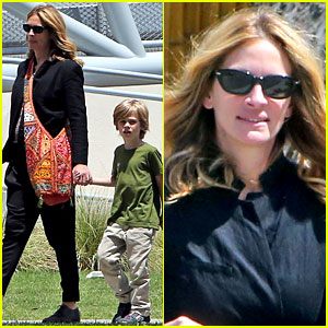 Julia Roberts: Natural History Museum with Son Henry!