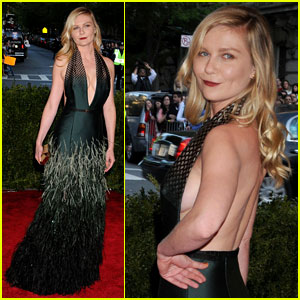 Kirsten Dunst - Met Ball 2013 Red Carpet