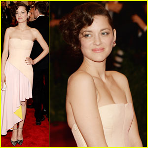 Marion Cotillard - Met Ball 2013 Red Carpet