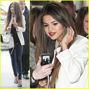 Selena Gomez: BBC Radio 1 Visit!