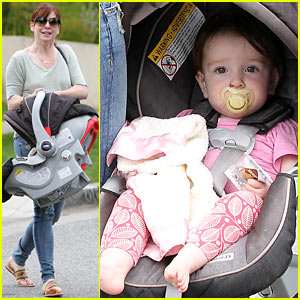 Alyson Hannigan: Girls Day Out with Keeva!