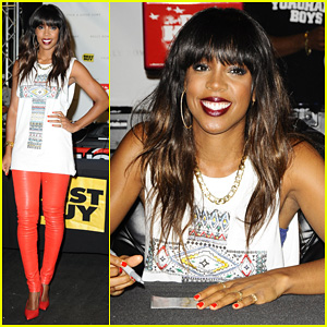 Kelly Rowland: 'Talk A Good Game' NYC Album Signing!