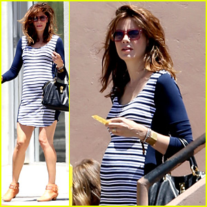 Michelle Monaghan Debuts Baby Bump in Form-Fitting Dress