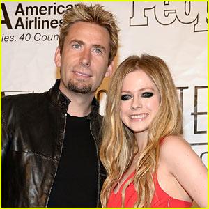 Avril Lavigne Cancels Tour