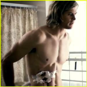 Chris Hemsworth: Shirtless in New 'Rush' Trailer!