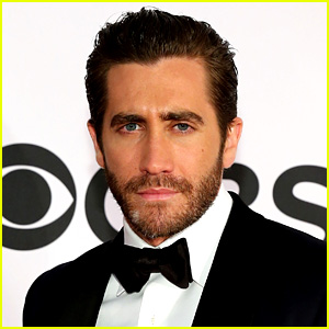 Jake Gyllenhaal Exits 'Into the Woods' for 'Nightcrawler'