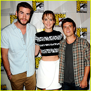 Jennifer Lawrence Debuts 'Catching Fire' Trailer at Comic-Con