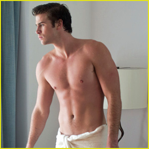 liam-hemsworth-shirtless-in-a-towel-for-
