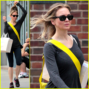 Renee Zellweger Lets Her Hair Down in New York City