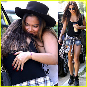 Vanessa Hudgens: 'Sisters Think Alike'!