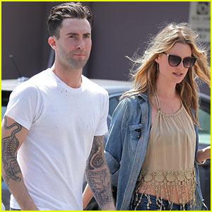 Adam Levine & Behati Prinsloo Breakfast at Blu Jam!