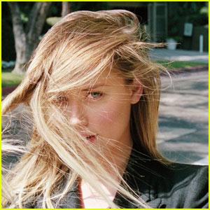 Amber Heard Talks Private Life to 'I-D' Magazine!