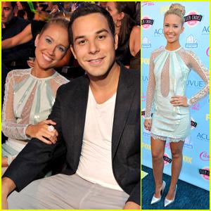 Anna Camp & Skylar Astin - Teen Choice Awards 2013
