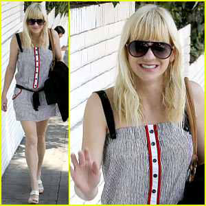 Anna Faris: Being a Mom Creates 'Different Priorities'