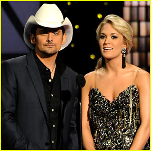 Carrie Underwood: CMA Host 2013 with Brad Paisley!