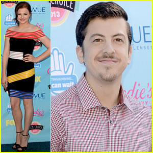 Chloe Moretz & Christopher Mintz-Plasse - Teen Choice Awards 2013 Red Carpet