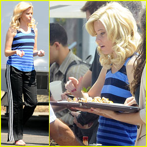 Elizabeth Banks: 'Hunger Games: Catching Fire' to Premiere November 11