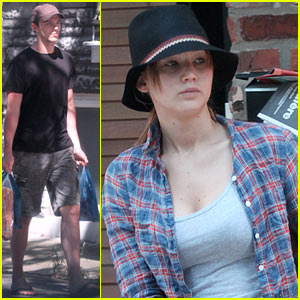 Jennifer Lawrence Bikes Around, Nicholas Hoult Buys Breakfast!