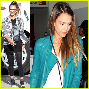Jessica Alba: Camo Babe on 'Stretch' Set