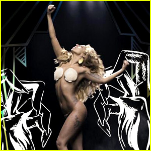 Lady Gaga: 'Applause' Music Video Premiere - WATCH NOW!