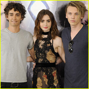 Lily Collins & Jamie Campbell Bower: 'Mortal Instruments' Madrid Photo Call