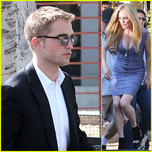 Robert Pattinson Suits 'Maps to the Stars' with Julianne Moore!