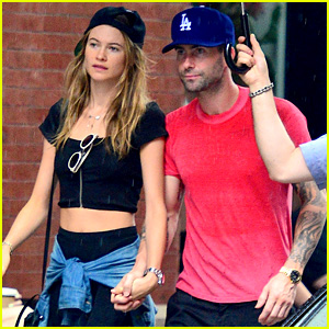 Adam Levine & Behati Prinsloo Hold Hands on Rainy Day