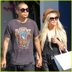 Ashlee Simpson & Evan Ross: Malibu Shopping Couple!