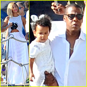 Beyonce & Jay Z: Italian Yacht Vacation with Blue Ivy!