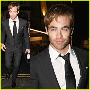 Chris Pine: 'A Midsummer Night's Dream' Press Night!