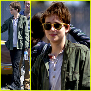 Dakota Johnson Sports Short Brown Hair for 'Cymbeline'