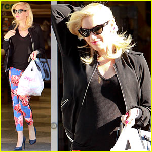 Gwen Stefani Shows Off Small Baby Bump in Studio City