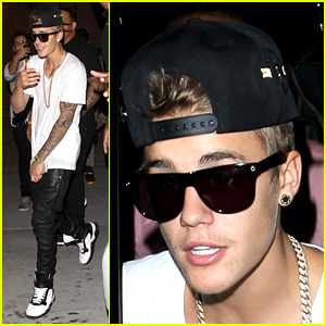Justin Bieber Shows Off New Facial Hair at Pinz Bowling
