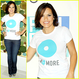 Mariska Hargitay Says 'No More' to Domestic Violence